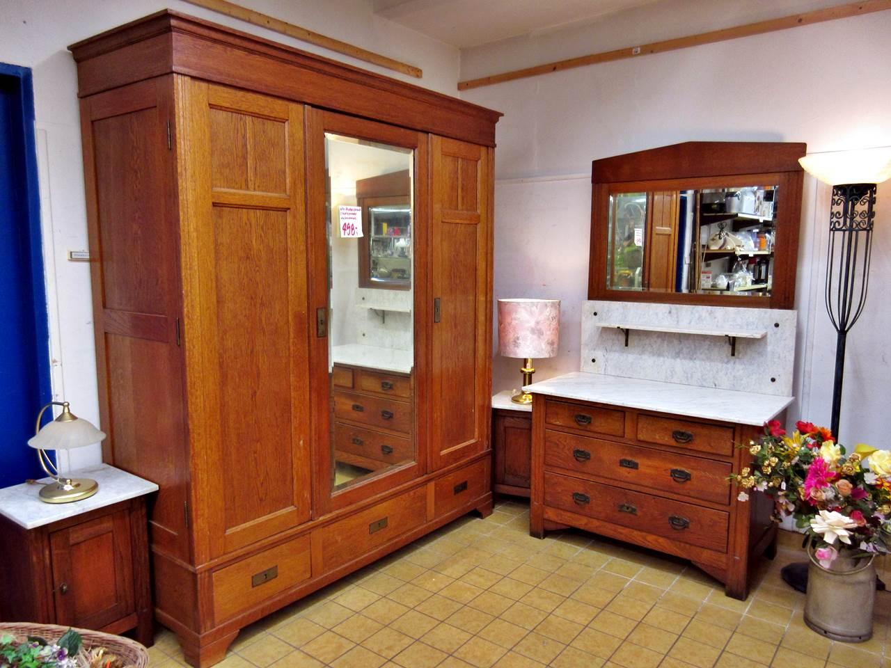 Modernes Wohnzimmer oder Gründerzeit Schlafzimmer  Trödel Oase