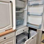 Einbauküche Landhaus weiss Kühlschrank