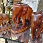 Holz-Elefanten