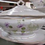 Porzellan Geschirr floral Goldrand