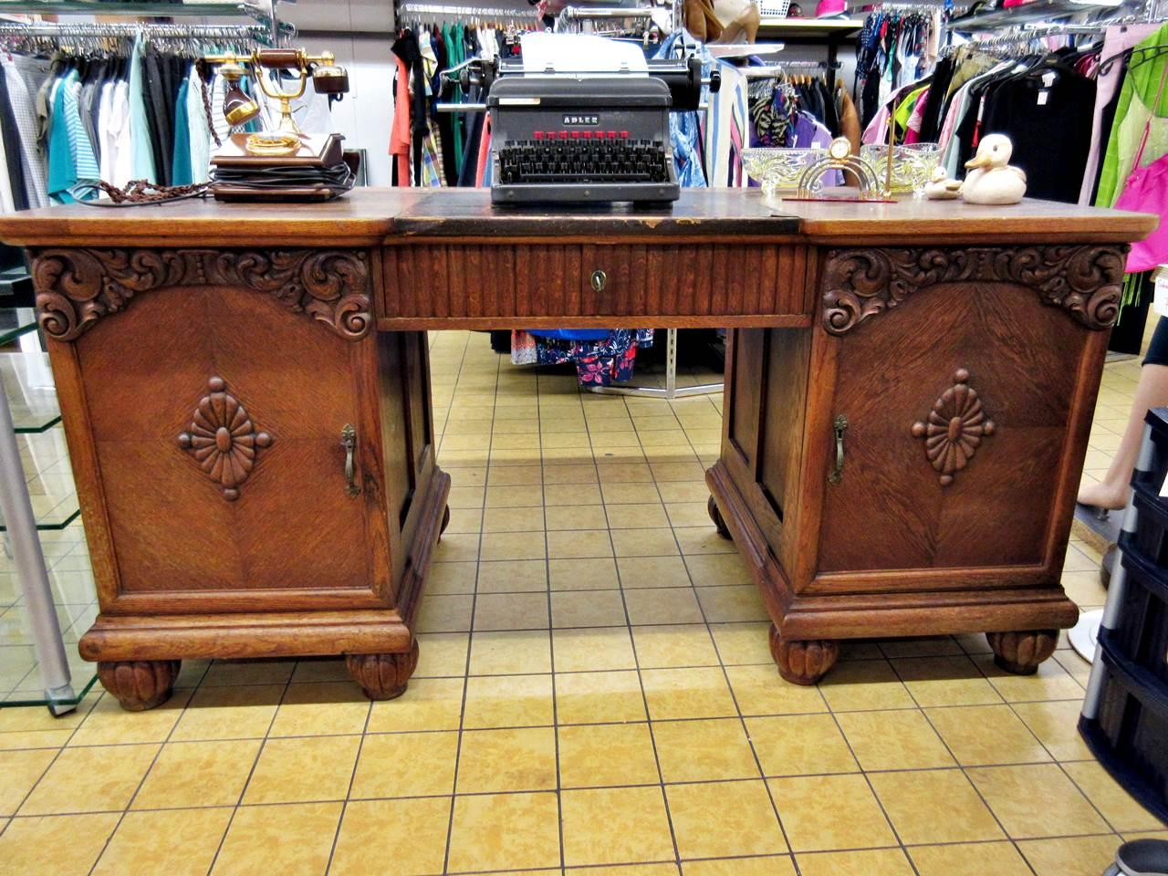 Schreibtisch Eiche antik