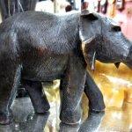 Elefant Holz dunkel