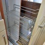Einbauküche creme 310 Apothekerschrank