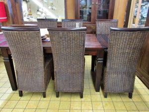 Möbel Kolonialstil Tisch Stühle