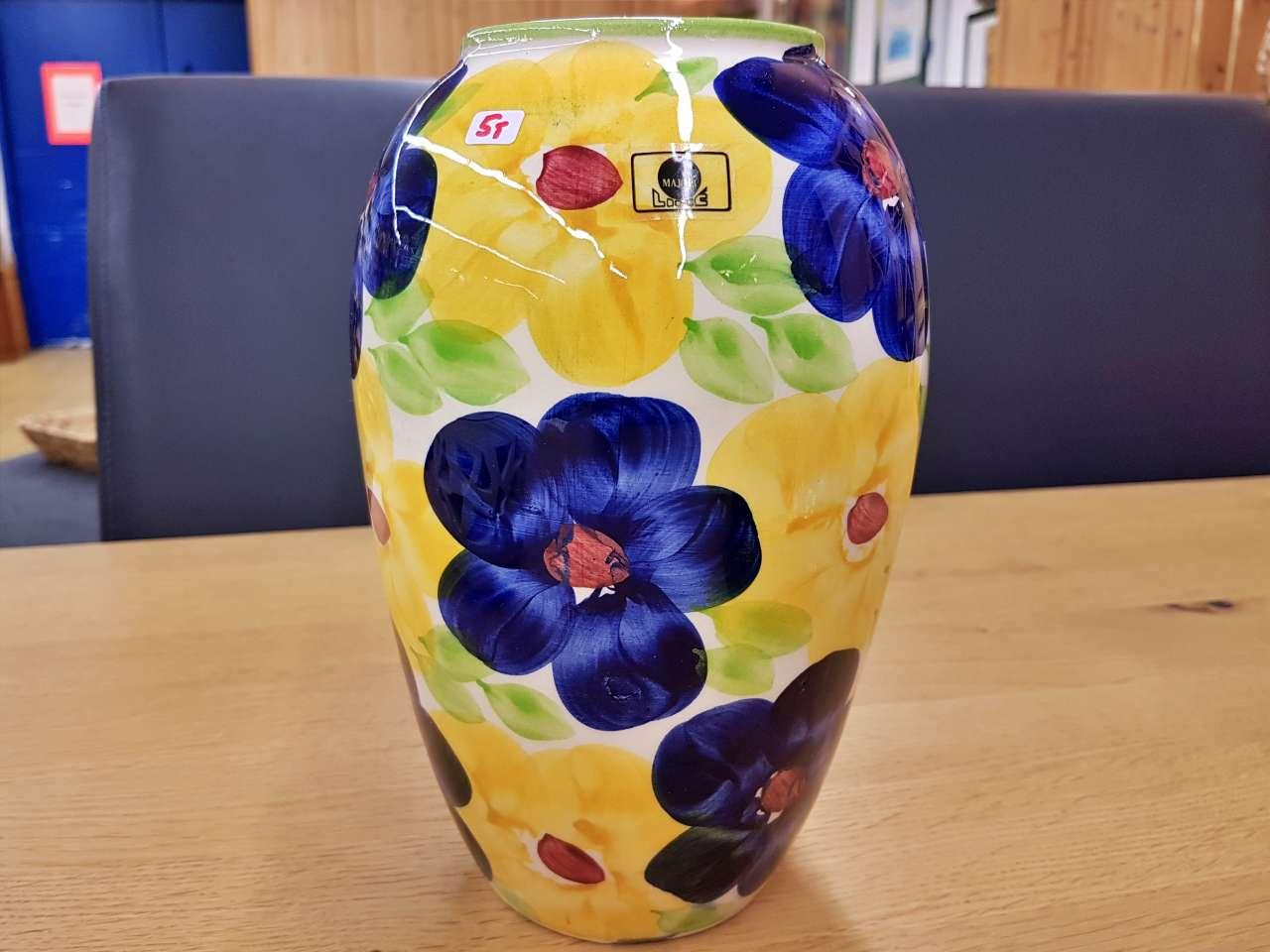 Dekoration schöner Wohnen farbenfrohe Blumenvase