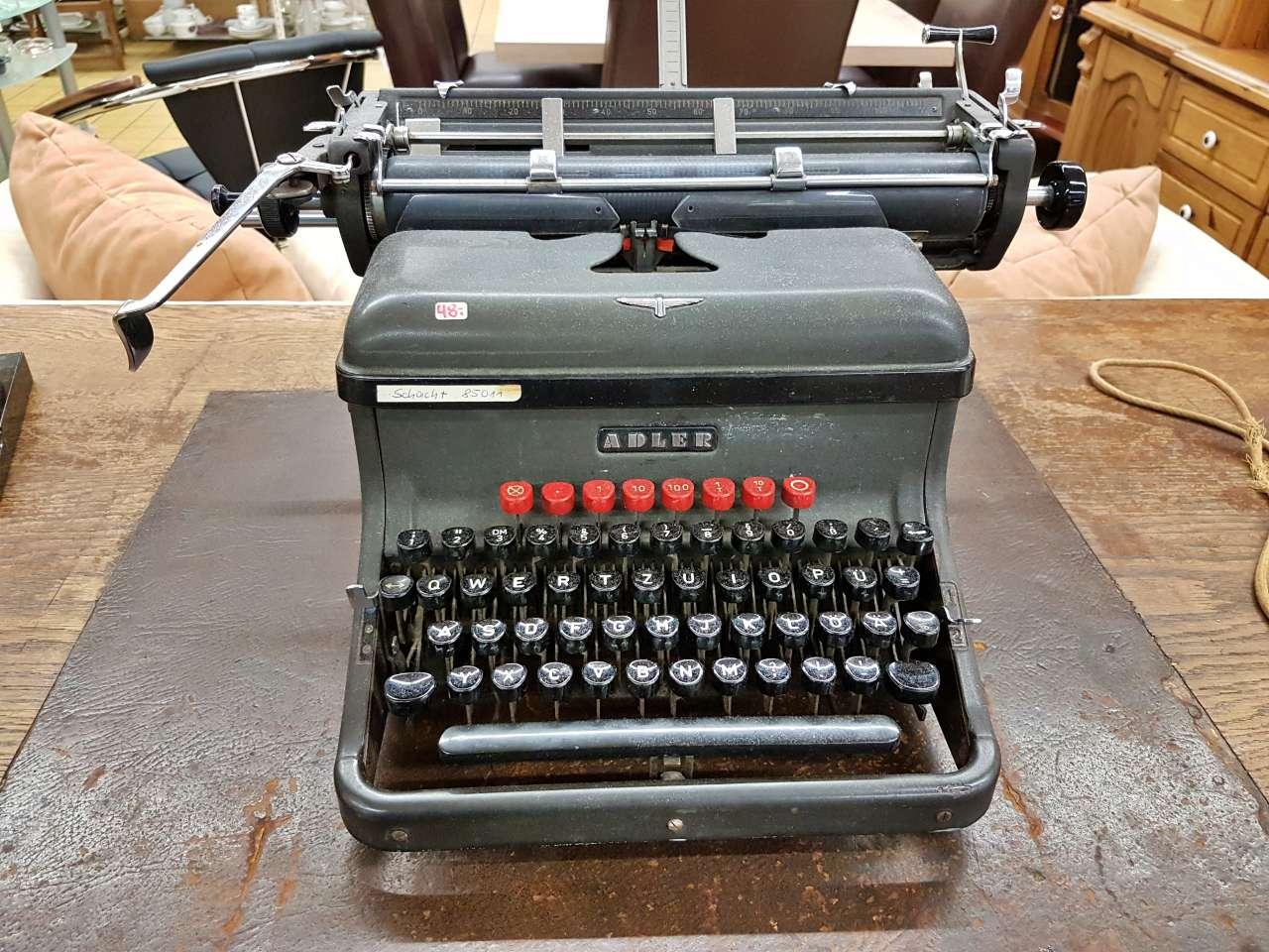 Dekoration schöner Wohnen Schreibmaschine Adler alt