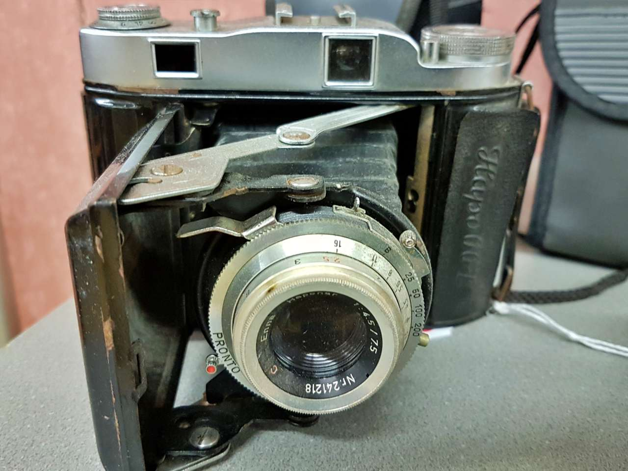 Dekoration schöner Wohnen alte Kameragehäuse