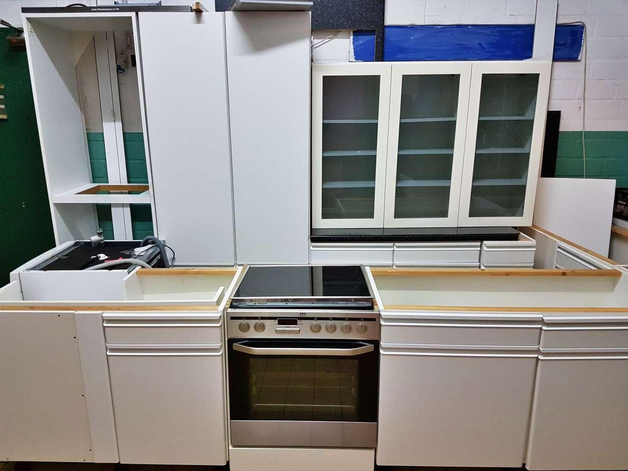 Möbel Einbauküche weiss
