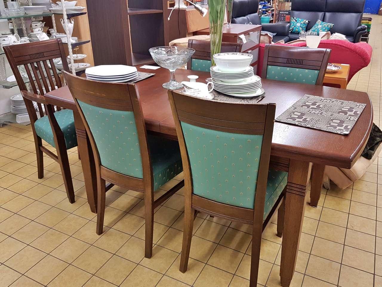 Essgruppe Tisch mit 5 Stühlen Holz dunkel
