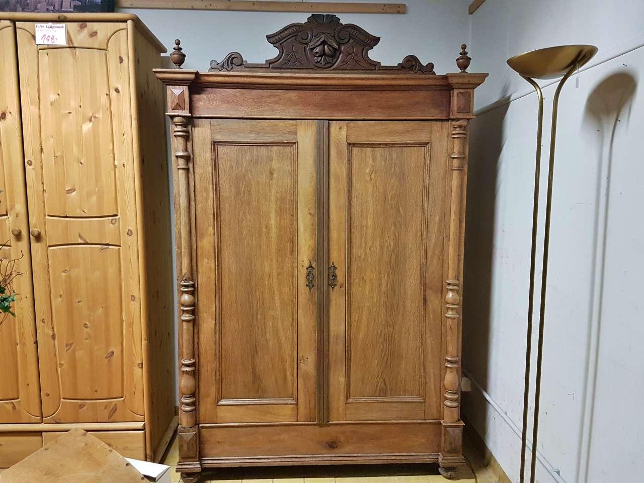 Kleiderschrank Gründerzeitstil Holz massiv