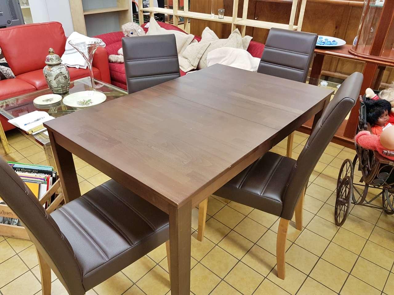 Essgruppe Tisch Stühle modern