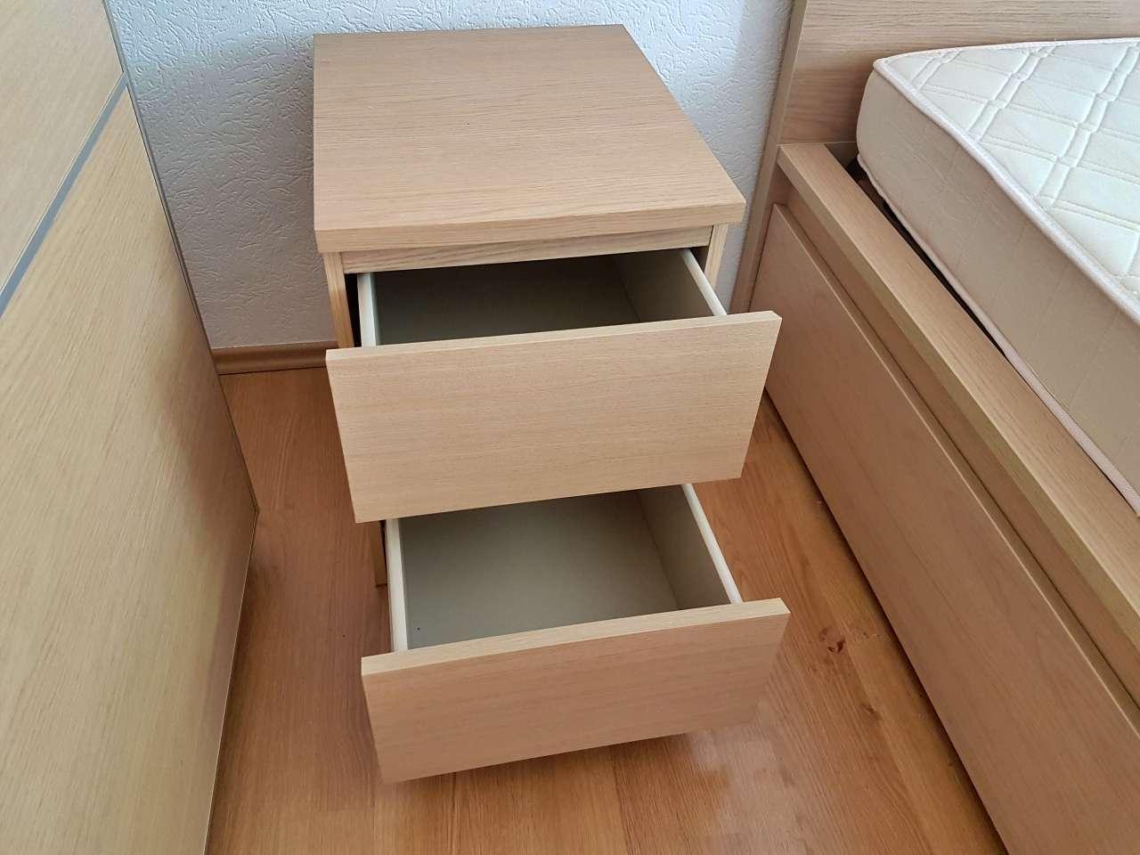 Nachttisch Holz massiv IKEA modern