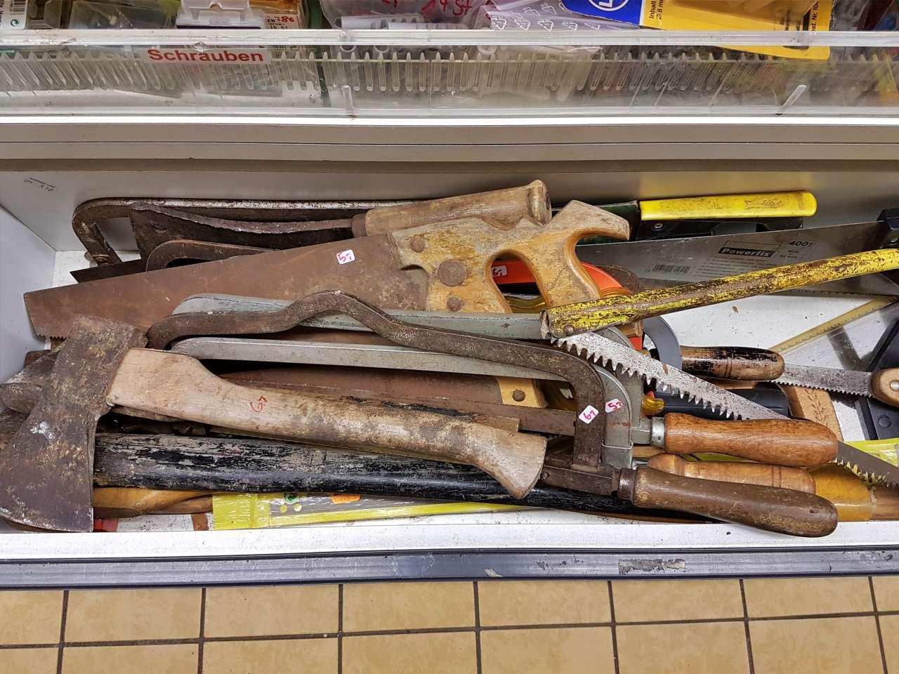 Werkzeuge Sägen Beile große Auswahl