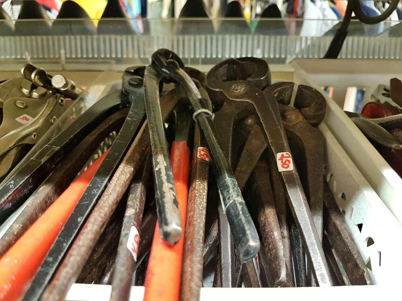 Werkzeuge Zangen große Auswahl