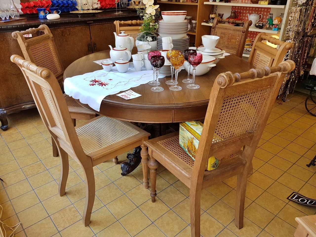 Möbel und Einrichtung Essgruppe Gründerzeit Tisch mit Stühlen