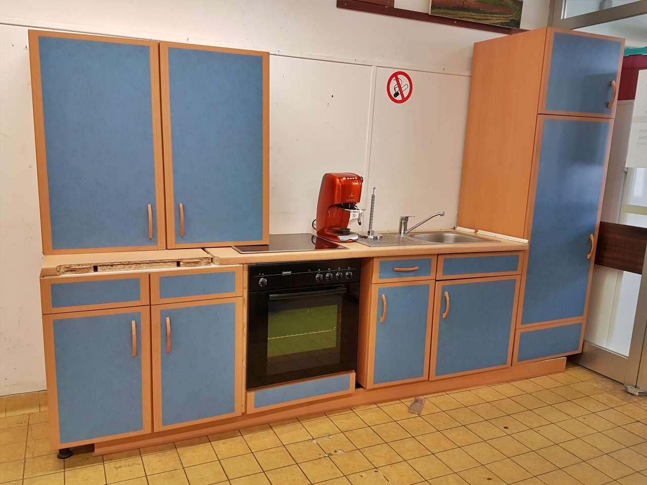 Einbauküche Küchenzeile mit E-Geräten Buche blau