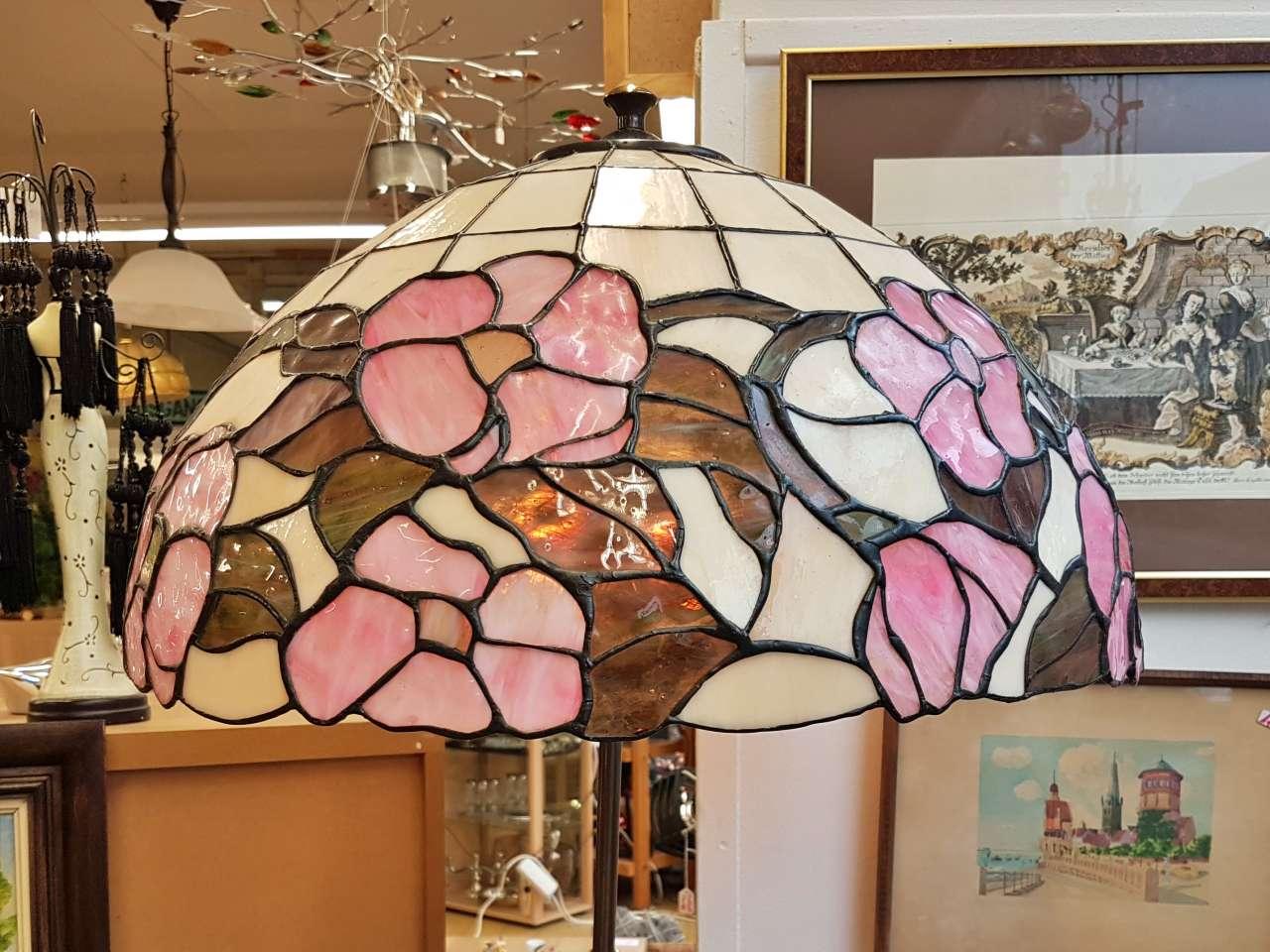 Adventskalender 17.12.2020 Stehlampe Tiffany